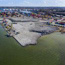 The Port of Norrköping is expanding. Expansion of the 220 meter new longer quay is ongoing.
