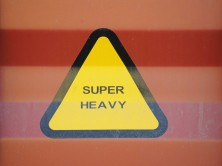 Sign for heavy loads